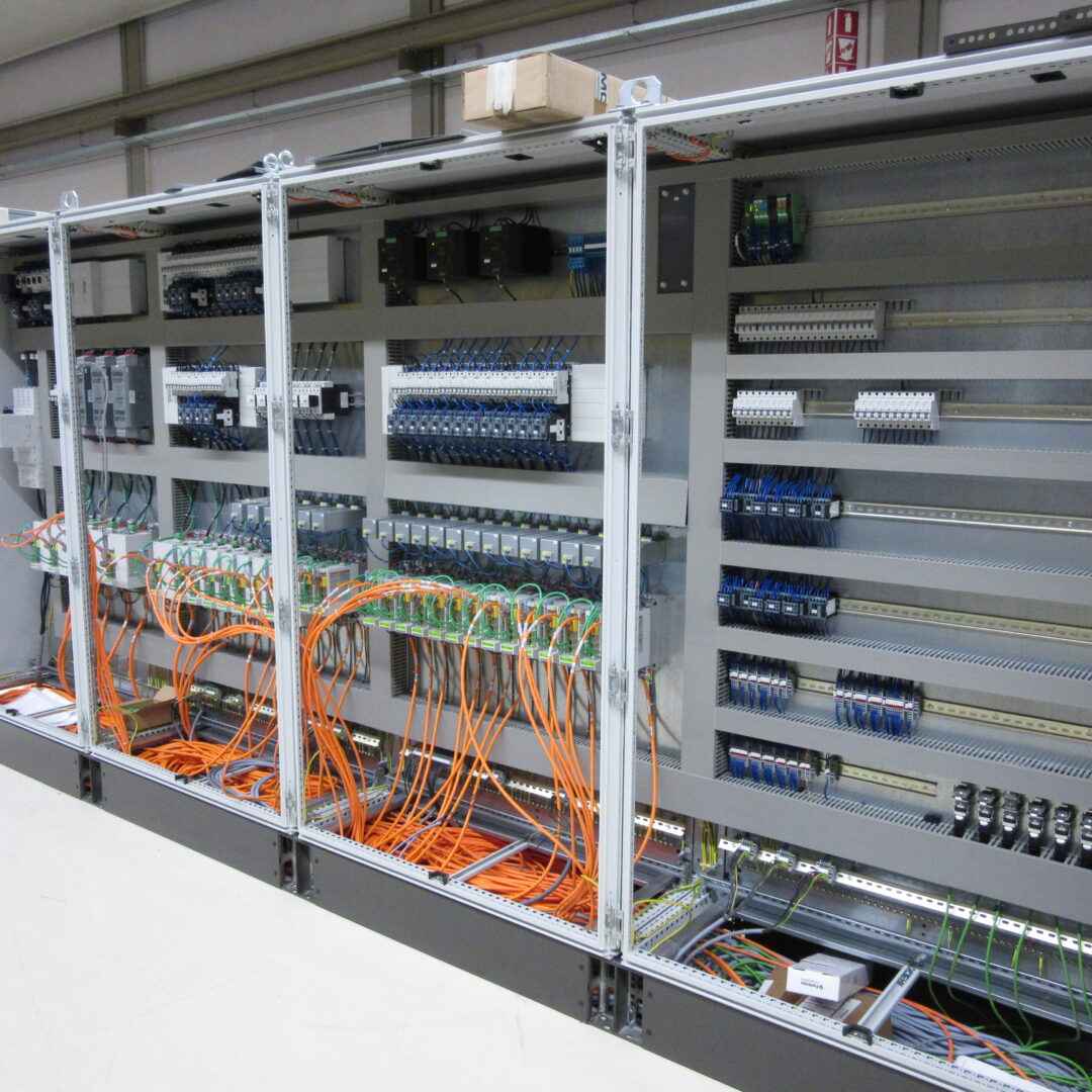 Elektrische kasten gerealiseerd door standaardisatie